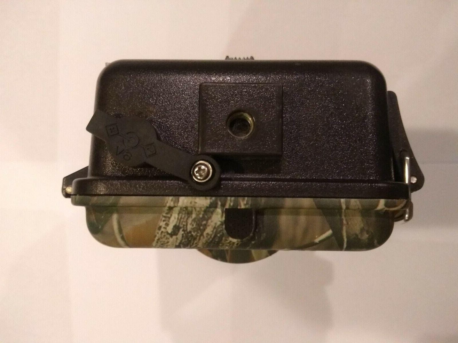 """BUSHNELL 8MP TROPHY CAMERA COLLECTOR""""/CAMOUFLAGE"""