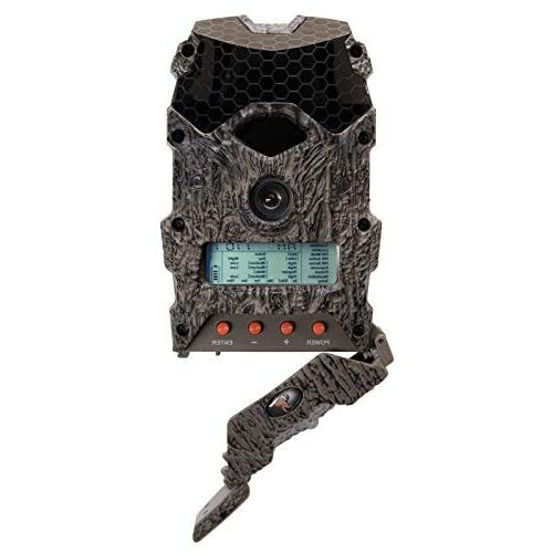 Wildgame 16 Lightsout 16MP Video Game Camera, Camo SanDisk 16GB SD Card